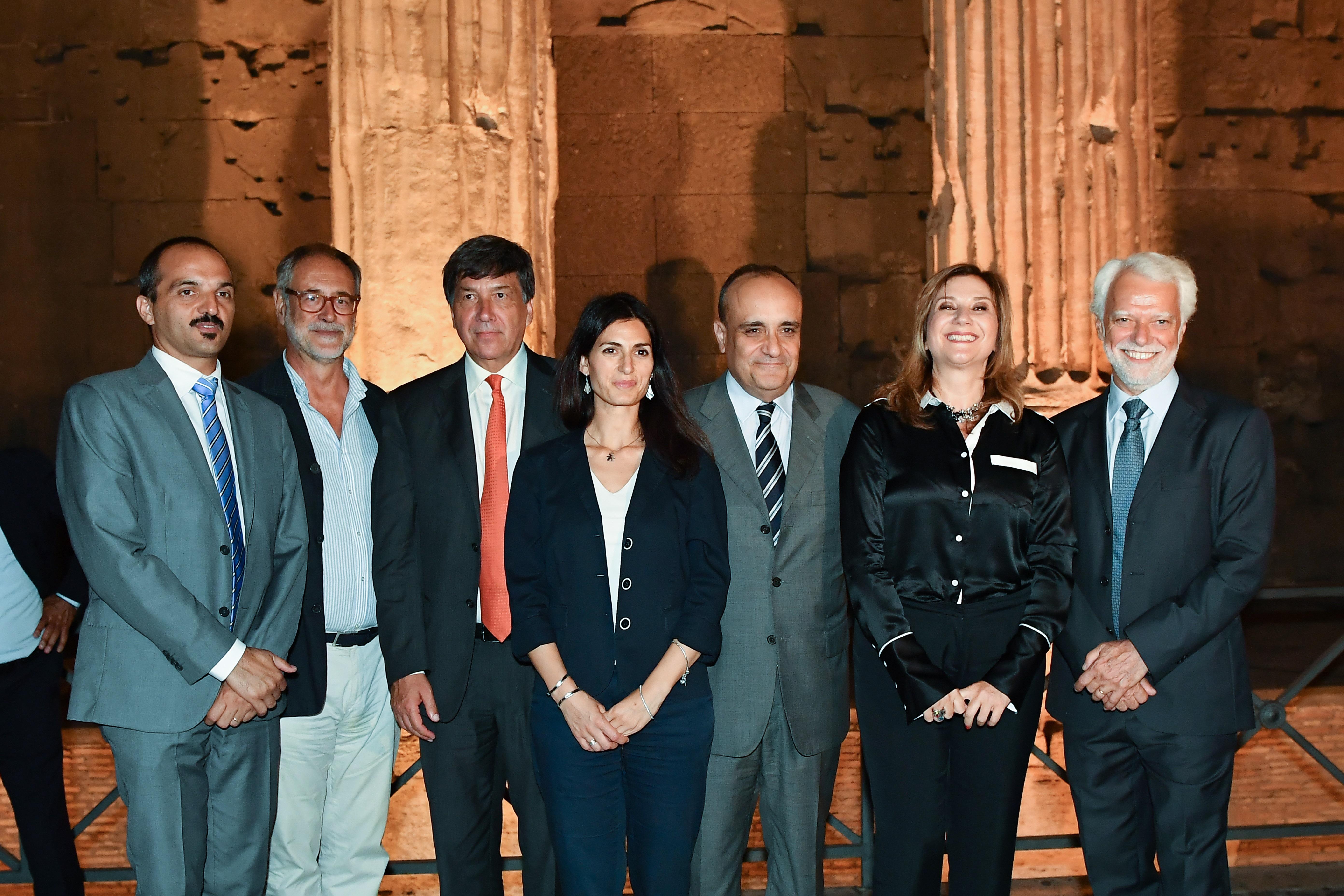 Autorità presenti all'inaugurazione dell'istallazione Luci su Adriano