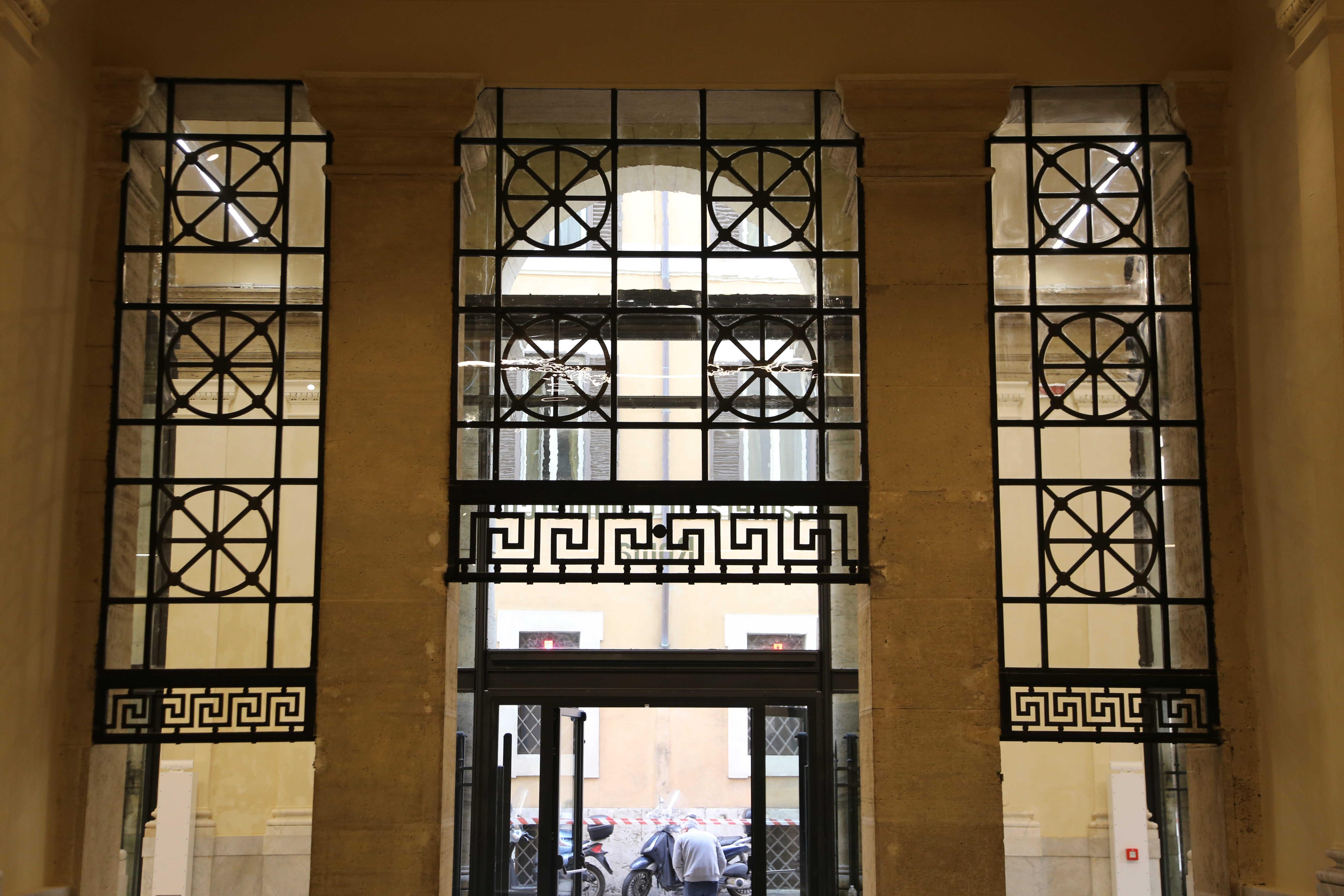 foto inaugurazione ingresso restuarurato