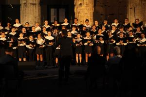 Coro delle voci della scuola di canto e cantoria del Teatro dell'Opera di Roma